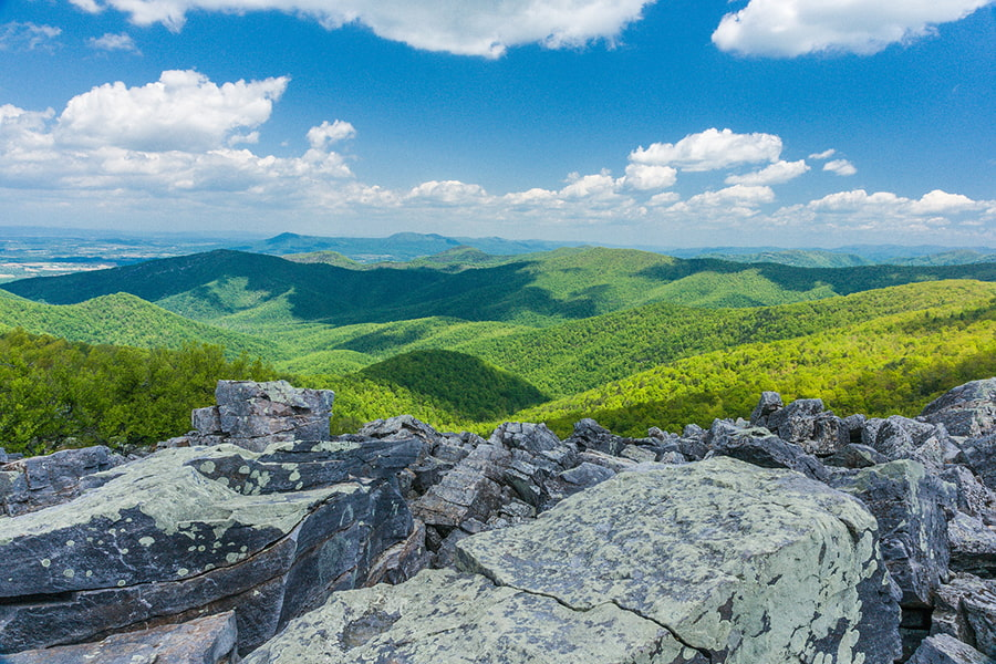 Beautiful landscape views in Shenandoah National Park